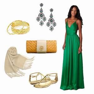 dress to wear to beach wedding With dress to wear to a beach wedding