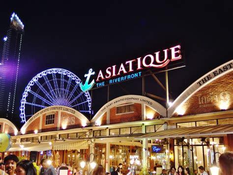 asiatique  riverfront bangkoks modern night market