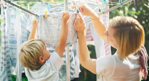 Housekeeping Tips to Pass Down   Mom's Best Cleaning Tricks