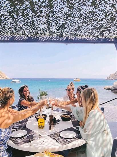 Mykonos Spilia Seashore Secret Wine Restaurant Nibbles