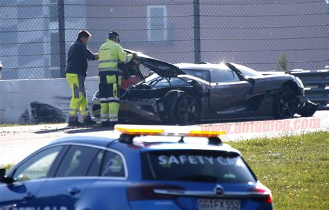koenigsegg crash test koenigsegg agera r crash n rburgring test photo gallery