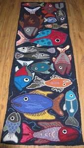 Teppich Knüpfen Vorlagen : oil pastel on black paper did this with one fish like it with many by sbrgart fische ~ Eleganceandgraceweddings.com Haus und Dekorationen