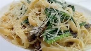 Pilz Rezepte Vegetarisch : rezept linguine in cremiger k se pilz spinat so e ~ Lizthompson.info Haus und Dekorationen
