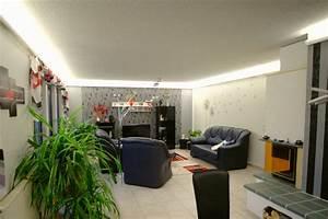 Led Beleuchtung Wohnzimmer : indirekte beleuchtung mit led vorher nachher ~ Buech-reservation.com Haus und Dekorationen