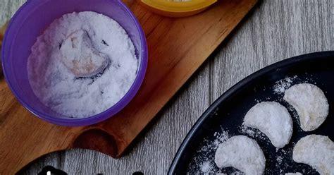 Cara membuat kue putri salju lembut lumer dimulut, bisa kita buat dengan resep yang mudah dan sederhana. 462 resep putri salju lumer enak dan sederhana ala rumahan - Cookpad