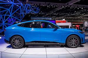 2021 Ford Mustang Mach-E Range on 10-Minute Charge Better Than Expected   News   Cars.com