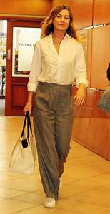 ELLEN POMPEO Out for Lunch in Los Angeles 10/13/2017 ...