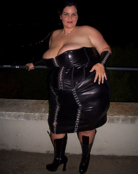 OT***When a woman wears a leather dress - Ford Truck ...