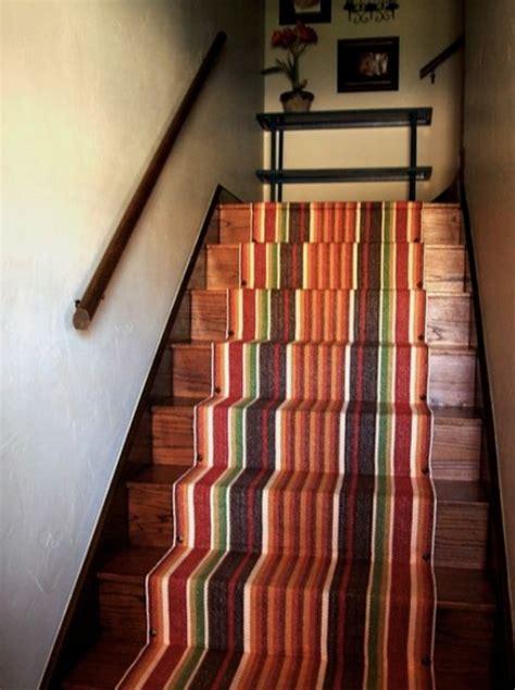 decorate  stairway   striped carpet