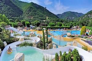 camping aveyron parc aquatique 6 campings a decouvrir With attractive location vacances ardeche avec piscine 4 camping sud ardache 4 etoiles piscine couverte et