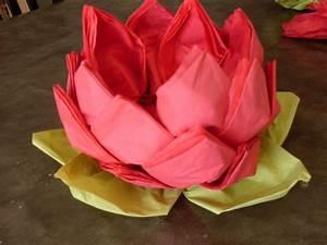 Pliage De Serviette En Papier Facile : distributeur de serviettes en papier en forme de lotus ~ Melissatoandfro.com Idées de Décoration