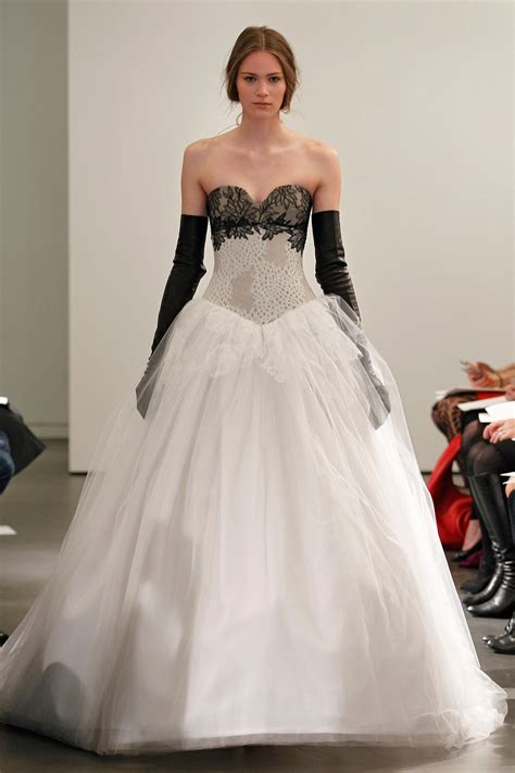 Vera Wang Wedding Dresses 2014 Spring Collection  The I. 50's Wedding Dresses Liverpool. Short Country Wedding Dresses With Boots. Huge Cinderella Wedding Dresses. Turquoise Colored Wedding Dresses. Wedding Dresses Red And White. Winter Wedding Dresses South Africa. Wedding Dresses On Plus Size Models. Long Sleeve Wedding Dresses From China
