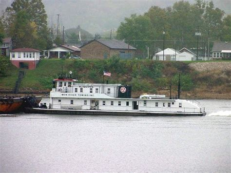 Tow Boat Companies In Vicksburg Ms by 1000 Images About Papa Bennys On The River On