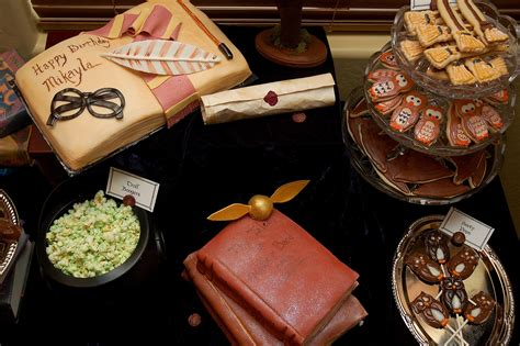 harry potter table l harry potter dessert table calling all wizards a harry
