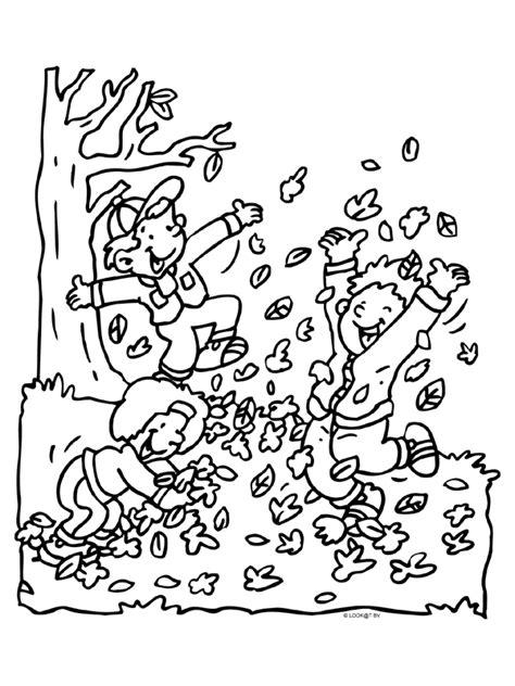 Kleurplaten Bladeren Bomen by Kleurplaat Herfst Bladeren Spelen Kleurplaten Nl