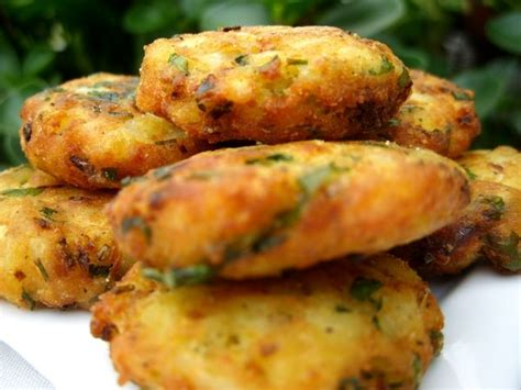 recette cuisine poisson croquettes de pomme de terre et poisson choumicha
