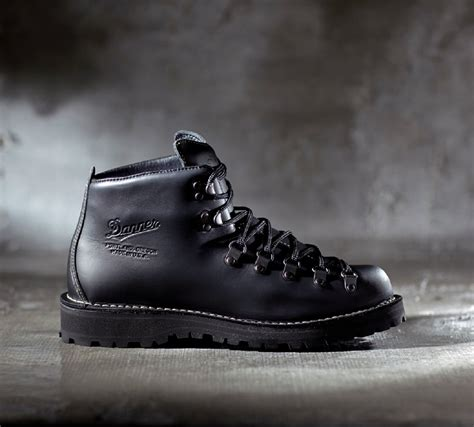 danner mountain light danner mountain light ii boots from spectre average joes