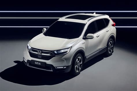 honda crv hybrid 2018 hybridised honda suv new cr v hybrid prototype hits frankfurt by car magazine