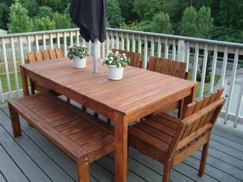white simple outdoor dining table diy projects