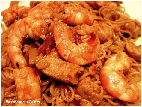 comment cuisiner les nouilles chinoises nouilles chinoises crevettes et poulet recettes faciles