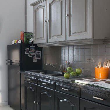 renovation meuble cuisine v33 rénovation cuisine grise avec peinture meuble cuisine v33