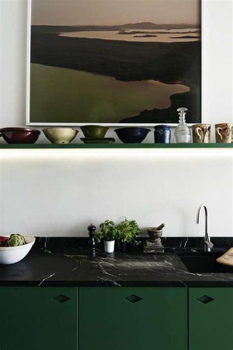 küche mit schwarzer arbeitsplatte marmor arbeitsplatte ideen f 252 r bessere k 252 chen gestaltung archzine net tank arbeitsplatte