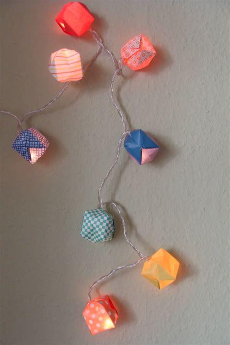 einmal falten und pusten bitte lichterkette mit bunten origami baellen handmade kultur
