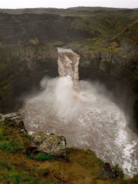 Palouse Falls roaring with flood-stage waters | The ...