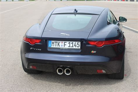 essai video jaguar  type coupe rigide mais pas triste