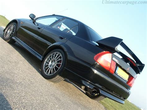 Mitsubishi Carisma GT EVO VI RS2 High Resolution Image (4 ...