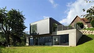 Maison Avec Sous Sol Sur Terrain En Pente : dans la vall e une maison en pente douce ~ Melissatoandfro.com Idées de Décoration