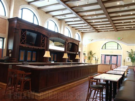 faux wood beams pairs  brio tuscan grille   restaurant design