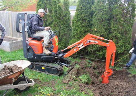 backyard excavation  tips     tracks   excavator  housekeeper