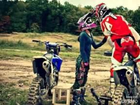 Vidéo De Moto Cross : casais do motocross braap rivaldobraap youtube ~ Medecine-chirurgie-esthetiques.com Avis de Voitures