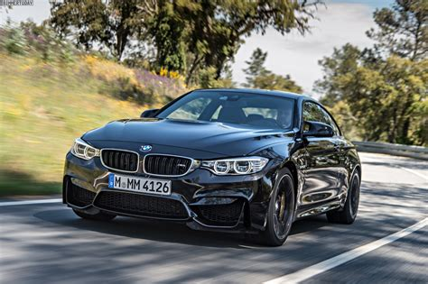 Bmw M4 Coupe In Sapphire Black