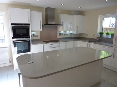 kitchen island with sink and hob central chelmsford townhouse ashwell contracts ltd 9450
