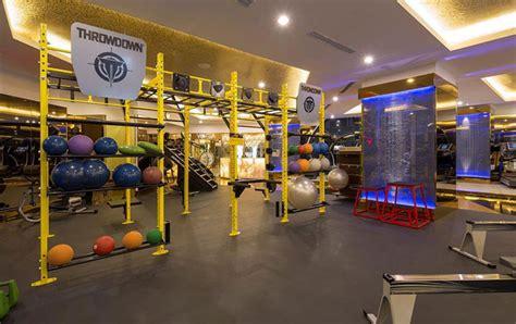 salle de sport avec coach la salle de sport la plus bling bling du monde