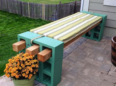 Diy Garden Bench by Diy Cinder Block Bench Home Design Garden