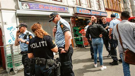 Abel meyers gate 10, 7800 namsos. Politiet jakter pistolranere i Oslo: Gullsmed på Grønland ranet - Aftenposten
