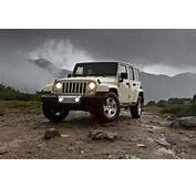 2011 Jeep Wrangler Facelift First Official Photos