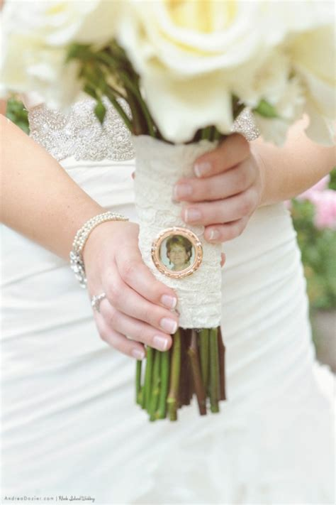 4 bouquet charms
