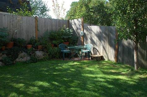 Corner Backyard Landscape  Small Backyard Landscaping