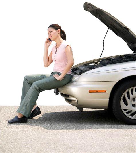 Image: Broken down car, size: 909 x 1024, type: gif