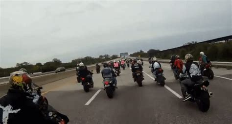 Motorcycle Convoy Prompts Police Blockade