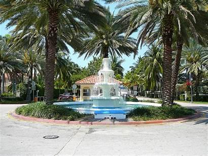 Palm Miami Island Beach Entrance Fountain Macarthur