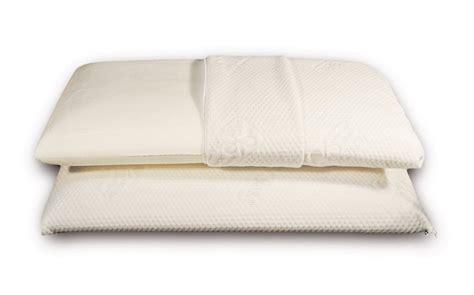 cuscino memory opinioni come scegliere i cuscini in memory foam materassi