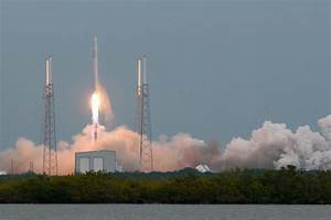 SpaceX Launches the Falcon 9 Rocket to International Space ...