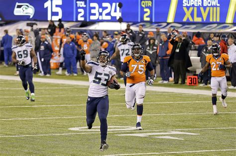 seahawks beat broncos    win st super bowl title