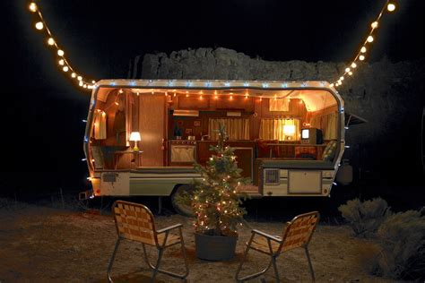 camper decor ideas   holidays curbed