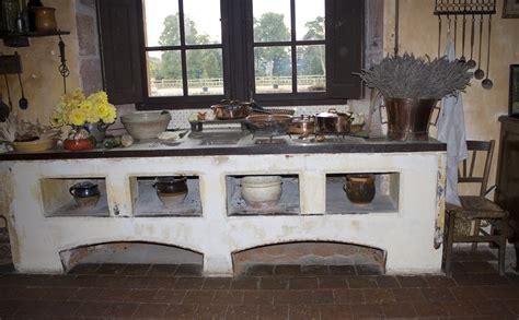 cuisine romaine antique file château de cormatin cuisine 2 jpg wikimedia commons